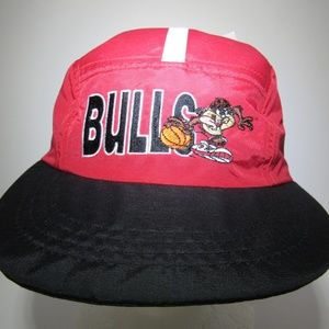 Other - 1998 Red Looney Tunes Taz NBA Chicago Bulls Cap